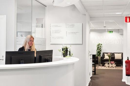 En bemannad reception tar hand om dina besökare